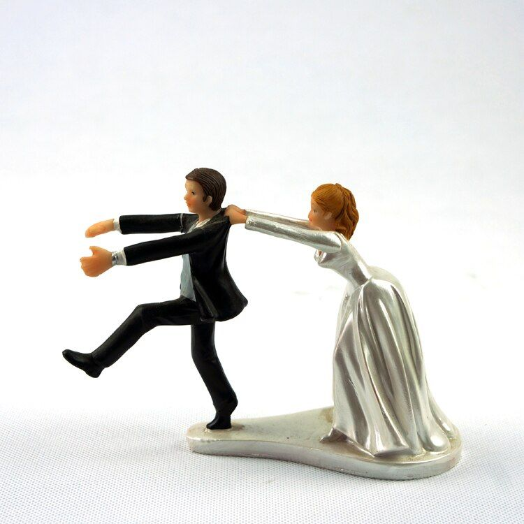 Marriage Funny Resin Figurine Wedding Cake Toppers Bride Groom Decor