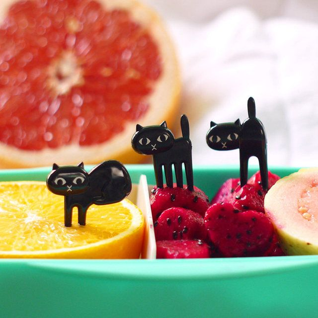 HOT!!!6Pcs/Set Mini Black Cat Vegetable Fruit Salad Fork Cute Cartoon Baby Fork Dessert Decor Sign Kitchen Bar Supply Tableware
