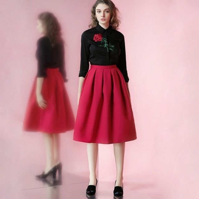 FREE SHIPPING 2016 Spring New Vintage Rose Embroidery Black Shirt And High Waist Red Tutu Skirt Two Pieces Sets Women Clothing