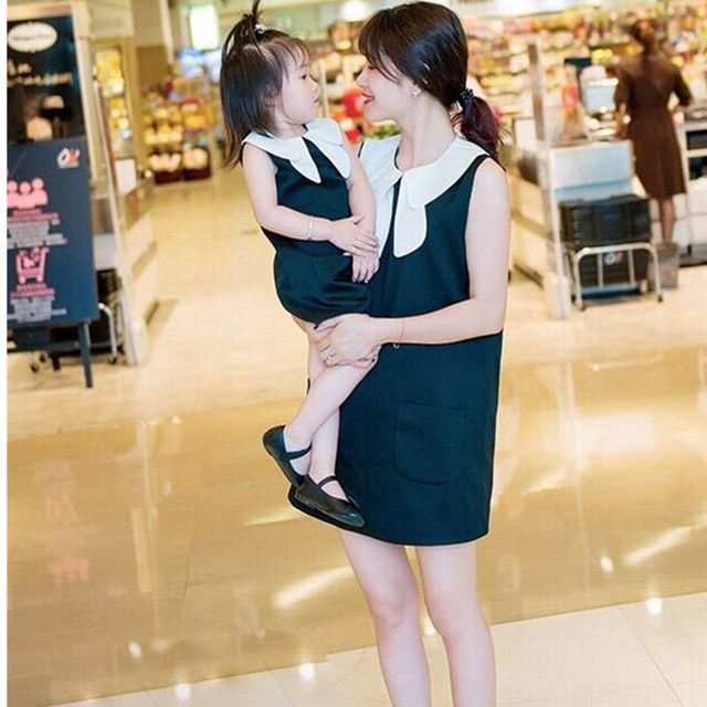 Summer Family Clothes Mother Daughter Dress Roes Printed Sleeveless Dress Runway Style Family Parent-child Outfit