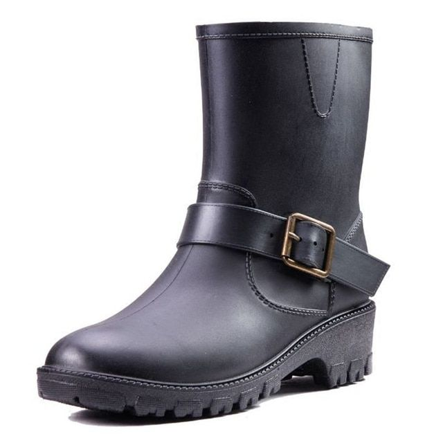 2017 Shoes Woman Rain Boots Solid Color Slip On Ankle Martin Boots Platform Waterproof Women Rainboots Water Shoes SU121397