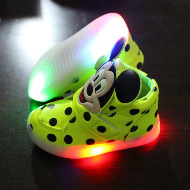 2016 European fashion cute LLED Luminous children shoes hot sales Lovely Mickey kids sneakers with lights cool boy girls boots