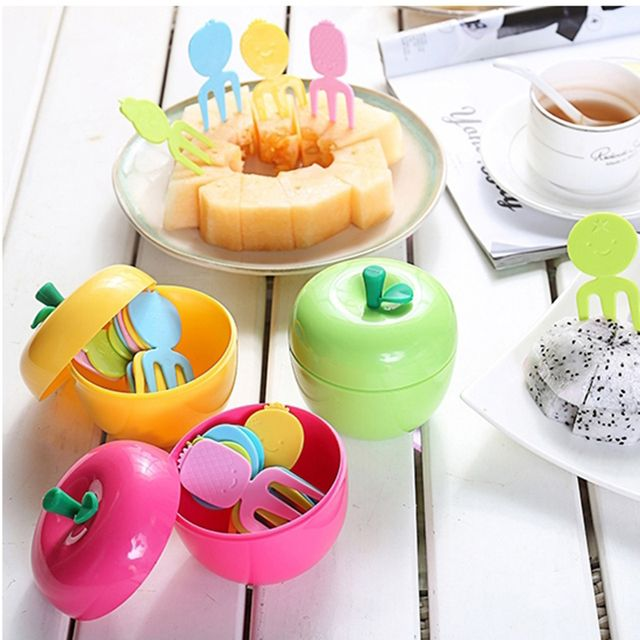 1 Set Creative Apple Shaped Plastic Fruit Forks Plastic Dessert Salad Forks Set for Kids Party Kitchen Table Decor Accessories