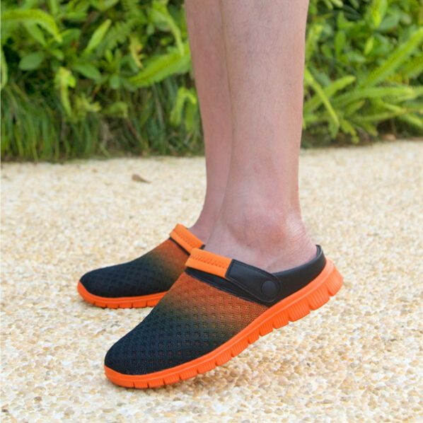 New style summer men's mules&clogs casual breathable sandals male hole slippers model 927