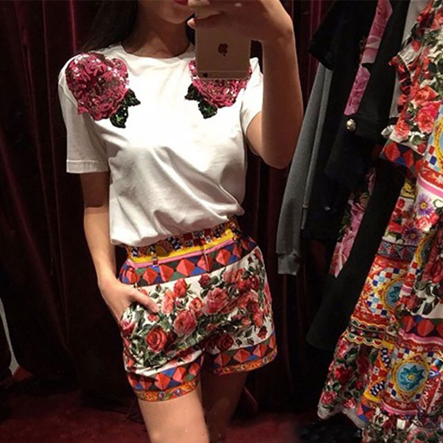 2017 Runway Designer Newest Summer Cotton White T-Shirts Women's High Quality Short Sleeves 3D Sequins Rose Flowers T-Shirts