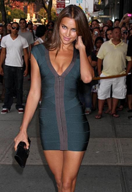 wholesale Dark green Deep V-neck Celebrity Sexy Stretch tight Cocktail party Bandage Dress (H0722)
