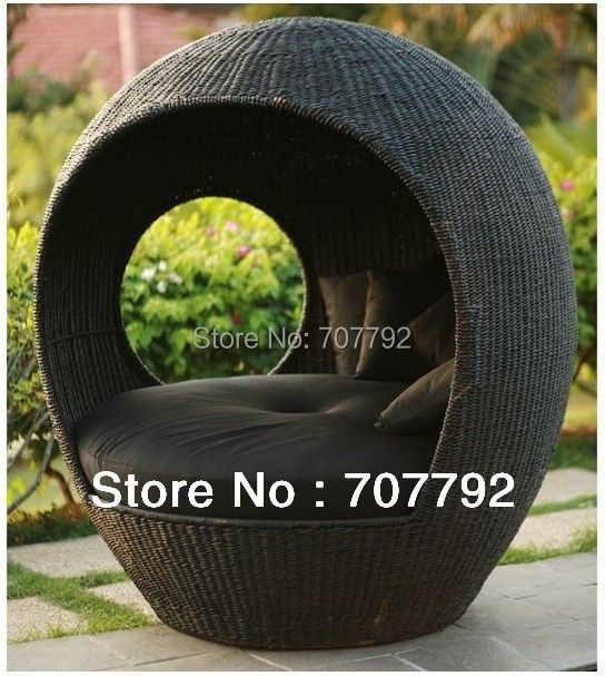 Rattan Outdoor Wicker Lounge Pod Round Wicker Pod
