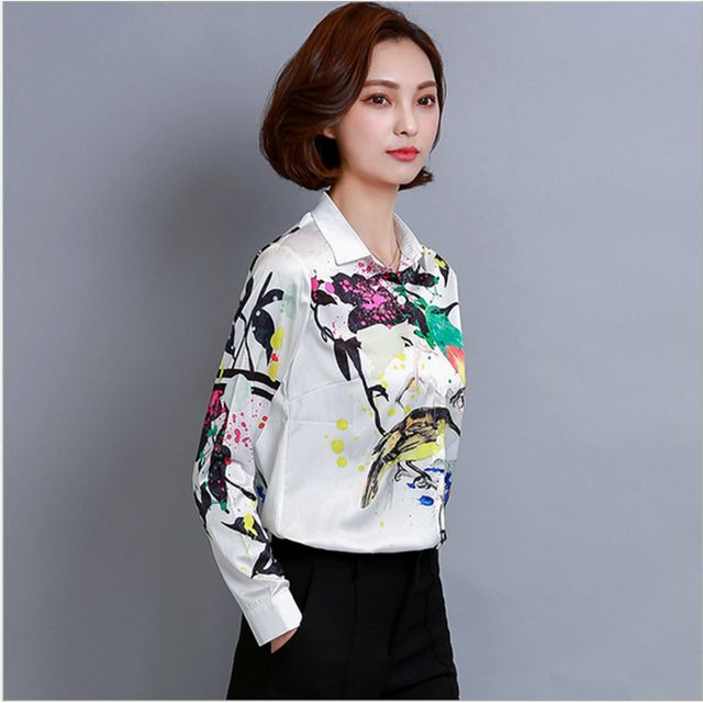 2017 Korean Fashion Painting of Flowers and Birds Female White Working Wear Blouses/Shirts 57
