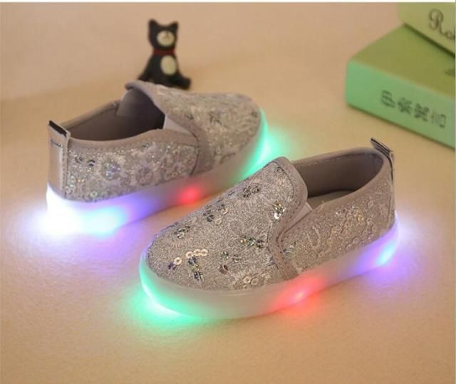 Chaussure Enfant Spring Autumn Breather Children LED Light Shoes With Light Baby Boys Girls Shoes Kids Sport Sneakers 21-30