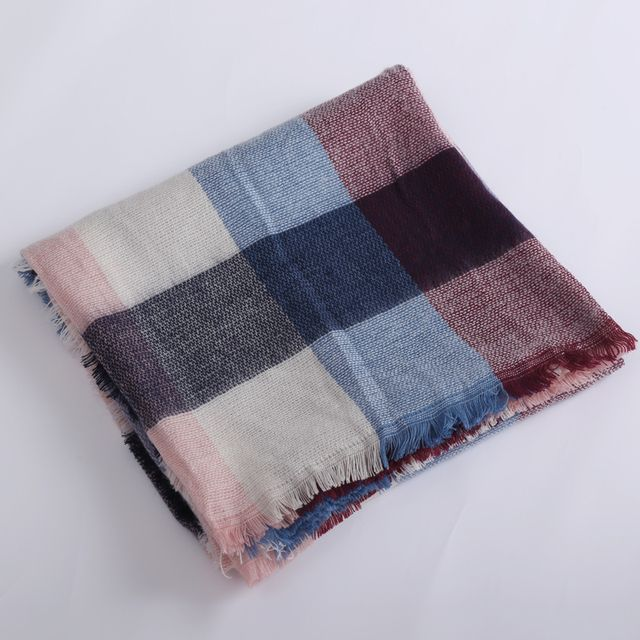 2017 ZA new released women's Scarf Autumn and winter warm Cashmere Blankets  Fashion Pashmina Square warp Shawl Size 140x140