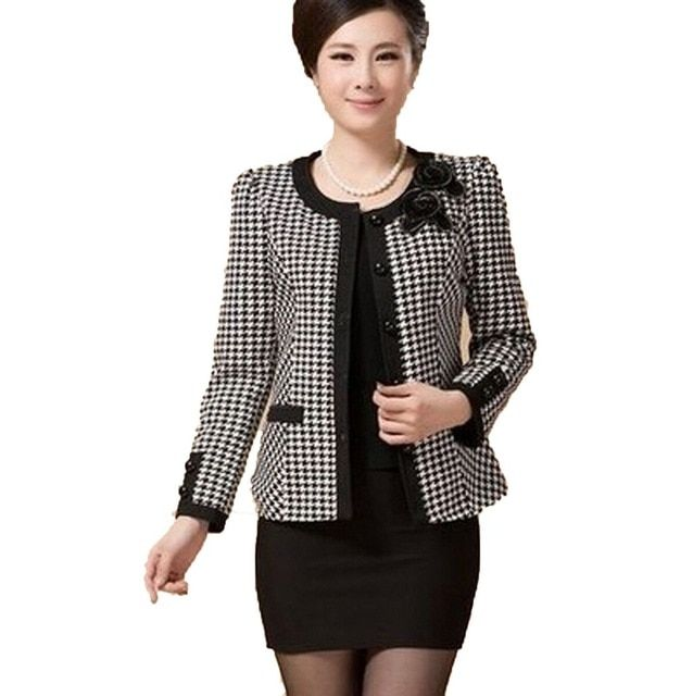 new 2017 autumn spring middle-aged short jacket women casual plaid slim single-breasted plus size 5XL Blazer Free Shipping AE417
