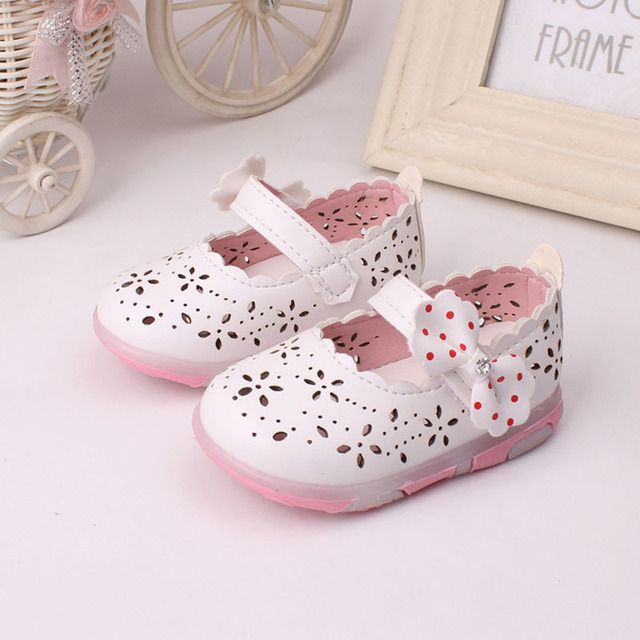 2016 New Sandalias Para Ninas Led Light Toddler Girl Sandals Fashion Chaussure Enfant Fille Baby shoes Floral baby girl sandals