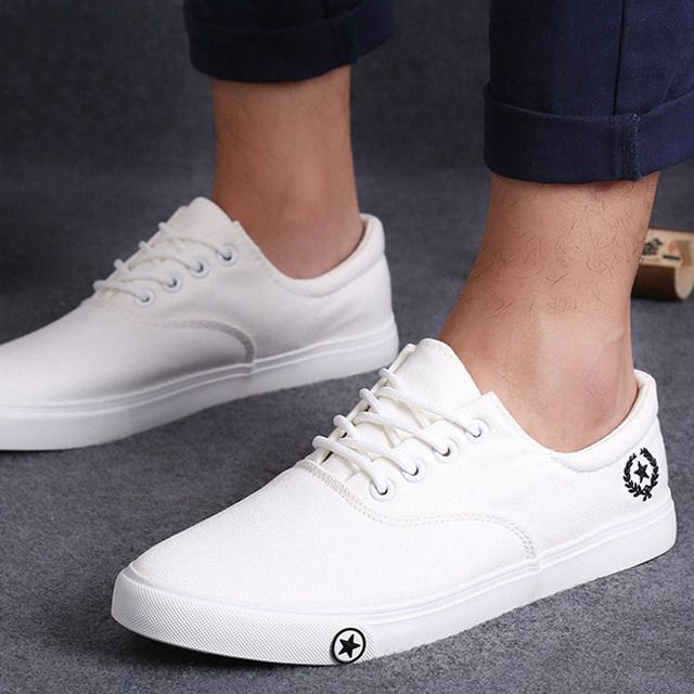 2017 Unisex Canvas Shoes For Men Low Top Fashion Casual Flats Summer Breathable Student Shoes Black White Blue All Size 35-44