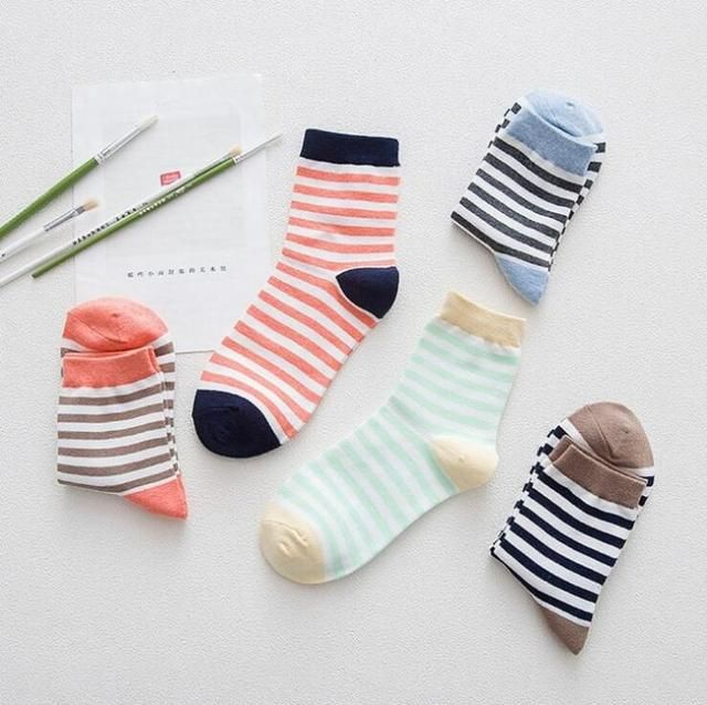 Casual style color cotton socks female socks5 pairs cotton sock women striped tube socks Free shipping
