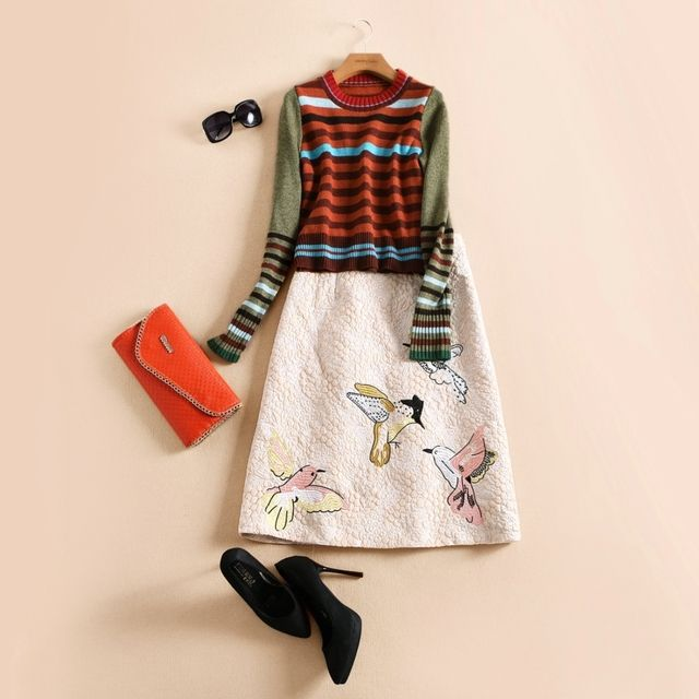 high quality 2016 fashion runway women's knitted striped short pullovers sweater jumper embroidery bird thick skirt sets Twinset