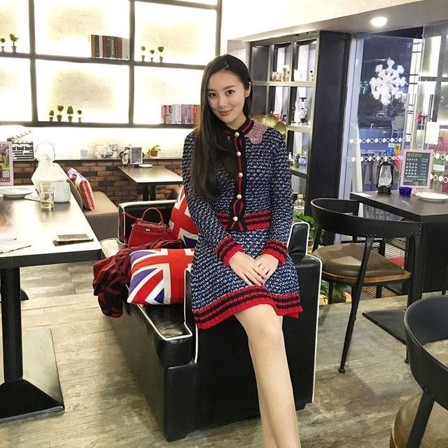 2016 Autumn Runway Set Women 2 Piece Set Luxury Pearl Button Vintage Striped Long Sleeve Cardigan Sweater + A line Mini Skirt