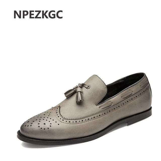 NPEZKGC high quality men dress shoe luxury brand vintage leather retro shoes pointed toe tassel brogue oxford shoes for men