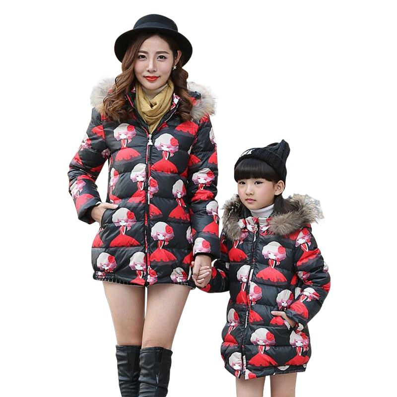 Black Hooded Fur Collar Mother And Daughter Clothes Winter Warm 2016 Matching Family Look Mother Daughter Clothing V532