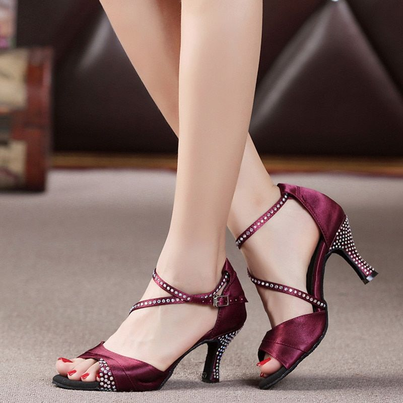 The New European American Latin Dance Shoes Women Satin Rhinestone Ballroom Shoes Modern Custom High-heel Latin Dance Shoes
