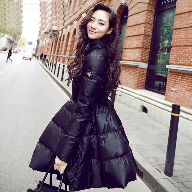 Women's Clothing new winter long down jacket fashion slim thin and light coats of white duck down