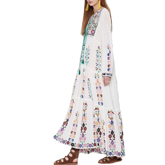 2017 Maxi Dress Floral Clothing Vestidos Embroidered Long Sleeve White Dress Vintage Summer Tassel Boho Chic Style Dresses