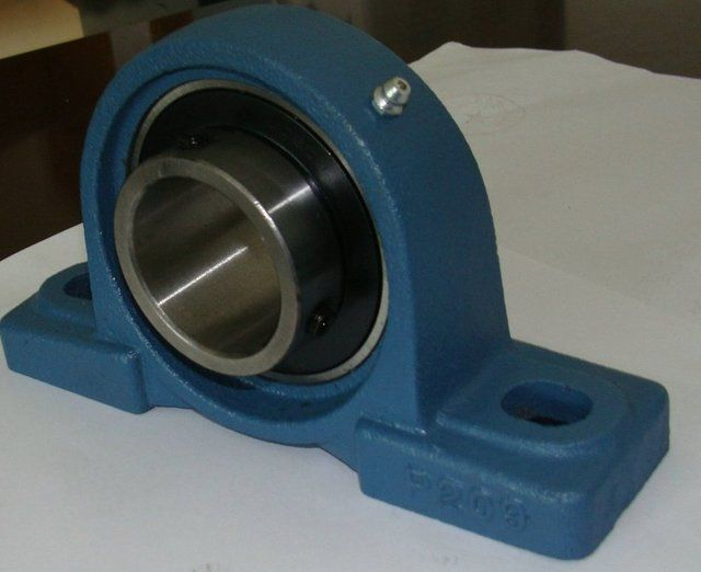 Bearing UCP203 hole = 17mm