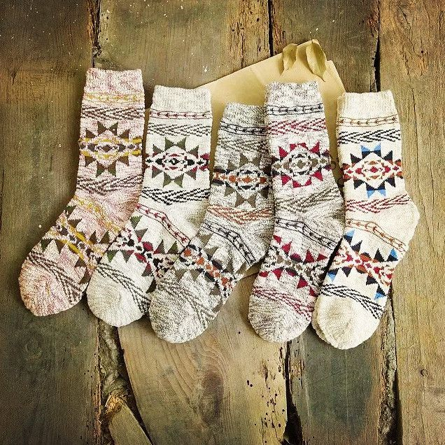 20Pairs/Lot new winter snow men socks cotton socks couple retro trend spell color diamond lattice socks for men and women