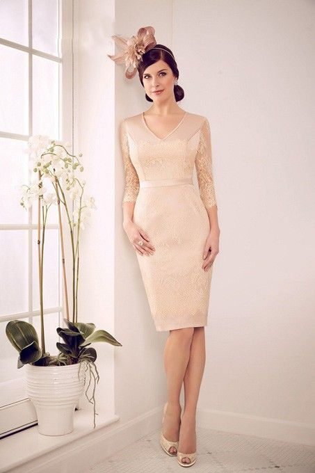 2015 Gorgeous Elegant Godmother Dress with Sheer Sleeve Champagne Mother of the Bride Lace Dresses with Jacket Coat Knee Length