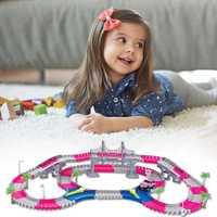 168 piezas de bloques de construcción coche carril juguetes para los niños de las 1:16 Diecast rompecabezas DIY juguete de la montaña rusa pista electrónica de la Asamblea