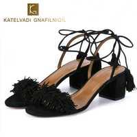 Zapatos de marca Mujer Zapatos rebaño gladiador sandalias de mujer verano sandalias de tacones gruesos flecos verano playa sandalias de las mujeres B-0065