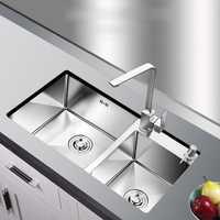 304 de acero inoxidable 4 MM de espesor manual fregadero de cocina dos tazones con doble bebederos con grifo cepillado