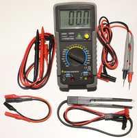 LCR4070D multímetro digital resistencia capacitancia prueba inductancia LCR meter