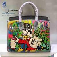 Personalizar DIY bolsas mujeres cuero genuino bolsos pintado a mano Graffiti Art Pop Alec pato bolsa de mensajero para el regalo de cumpleaños Y