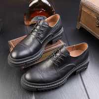 Estación europea retro hombres británicos zapatos de suela gruesa de cuero hecho a mano Zapatos de vestir Zapatos casuales zapatos