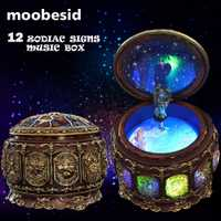 Retro Zodiaco 12 signos caja de música Manual artes 12 constelación cajas musicales con luces Flash Led Día de San Valentín regalo de cumpleaños