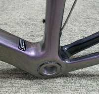 Envío gratis de alta calidad 2018 cuadro de carbono bicicleta de carretera T1100 completo carbono fibra bicicleta marco con freno + +