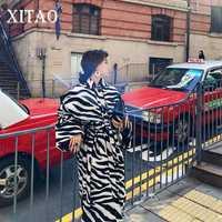 [XITAO] Hepburn viento cebra rayas nueva moda Collar único Breasted de la manga larga geométrico mezcla abrigo LYH2919