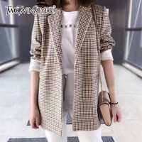 TWOTWINSTYLE Plaid chaqueta de manga larga de las mujeres abrigos Casual Tops Inglaterra estilo ropa de gran tamaño 2018 Otoño e Invierno