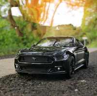 1:24 coche de aleación avanzada, Ford mustang GT, modelo de metal fundido, 2 puertas abiertas Vehículo de juguete, modelo de colección, envío gratis