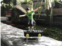 Fun mini Électrique jouets avec mini doigt planche à roulettes modèle jouets pour garçons enfant cadeau