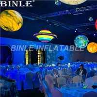 Color del arco iris colgante inflable gigante Saturno con luces LED Sistema solar nueve planetas globo para decoración de fiesta