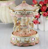 #36 creativo regalo princesa amor chica caja de música de resina carrusel mano moverse regalo venta al por mayor