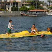 Tapis géant de mousse d'eau de tapis flottant de mousse d'équipement Commercial de parc aquatique