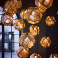 Geometría nórdica caja de Bric Tom Dixon colgante balcón comedor sala moderna simplicidad escalera suspensión lámpara