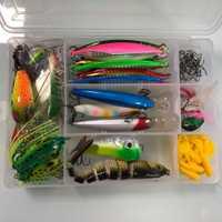 94 piezas pesca Rana pez cebo duro de Metal de la cabeza de la plantilla volar atando atraer Wobbler Crankbaits de pesca accesorios