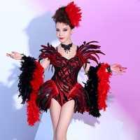 Mujeres nuevo bar night club noche etapa cantante etapa DJ pluma roja sexy traje fiesta de cumpleaños de la celebración