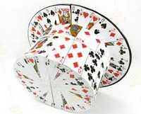 Fanática de la tarjeta al sombrero superior de la tarjeta, trucos de magia, ilusión, trucos de cartas novedades