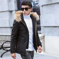 2019 nuevos hombres corta de corte Slim de algodón de invierno chaqueta falsa dos gruesa con capucha moda con gran collar piel chaqueta negro más Sze M-4XL