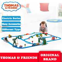 Thomas y sus amigos recoger tren de juguete de plástico de construcción eléctrica coche de pista de Liga de brinquedo Thomas DHC80