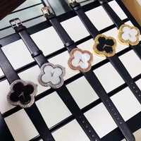 Reloj de moda de marca de lujo para mujer con trébol de la suerte para chica de cuero Casual para mujer relojes de oro rosa